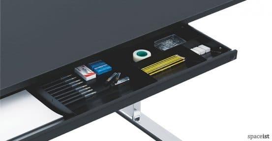 Q-10 standing office desk pen tray