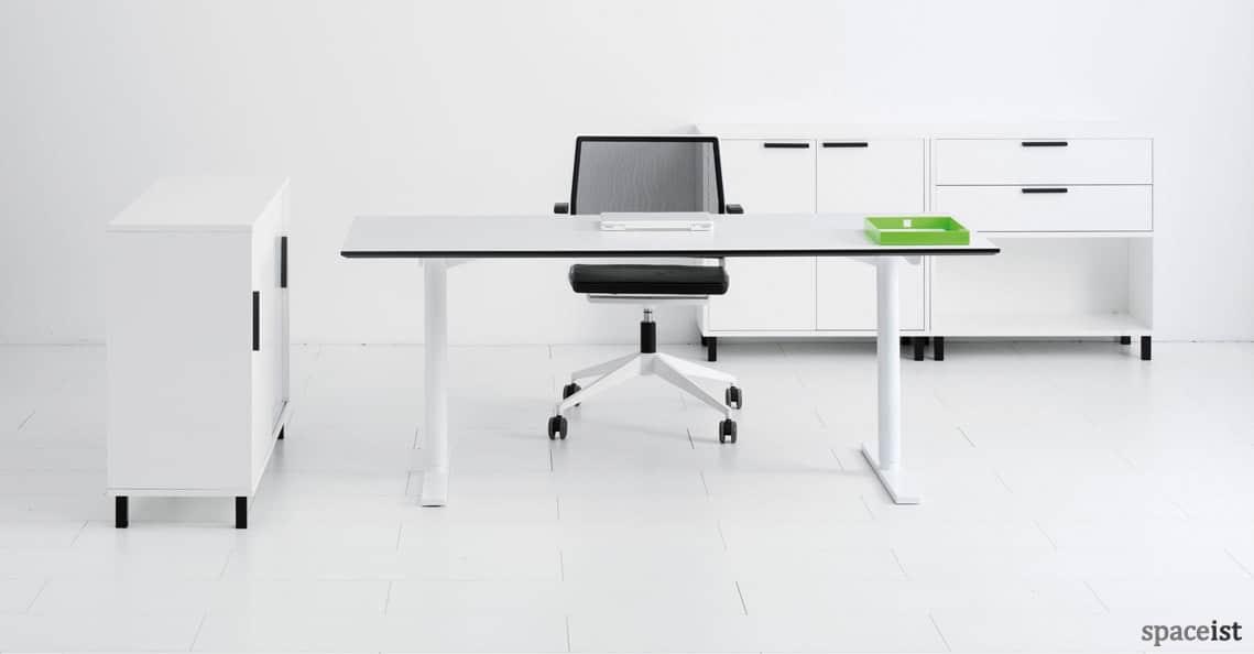 standing desks q 10 standing desk white