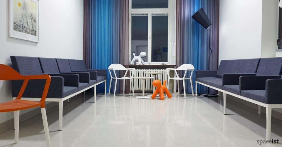 spaceist-reform-dentist-reception-sofa