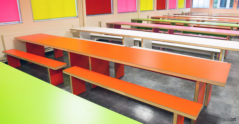 swakelys red green canteen tables