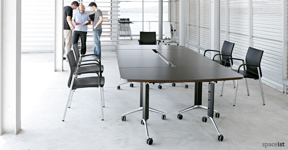 Tram80 dark wood folding table