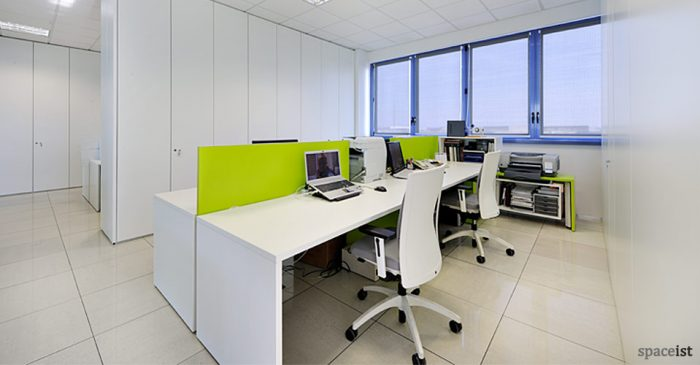 tre-long-lime-green-office-desk