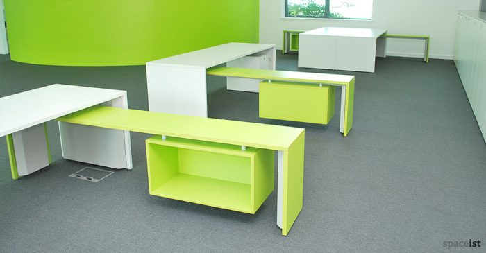 tre white bench desk with lime green return