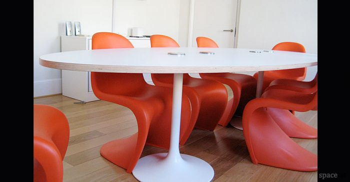 trumpet white oval meeting room tables
