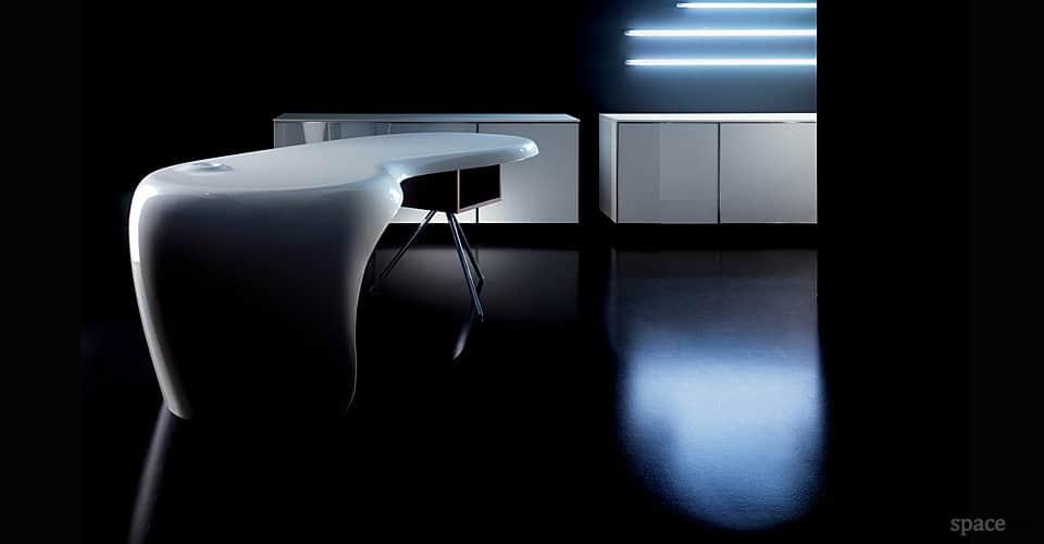 uno white glossy reception desk