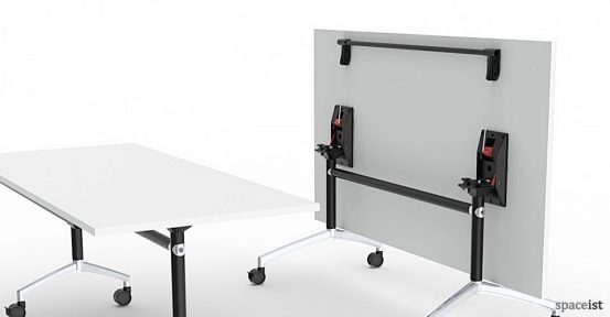 spaceist-ur-folding-table-closeup