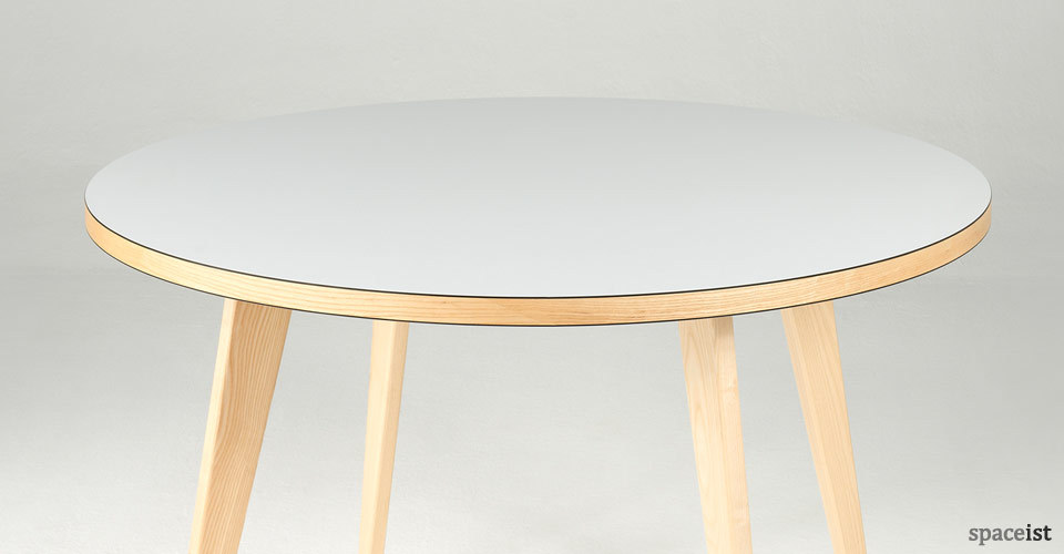 ura pink and walnut round canteen tables