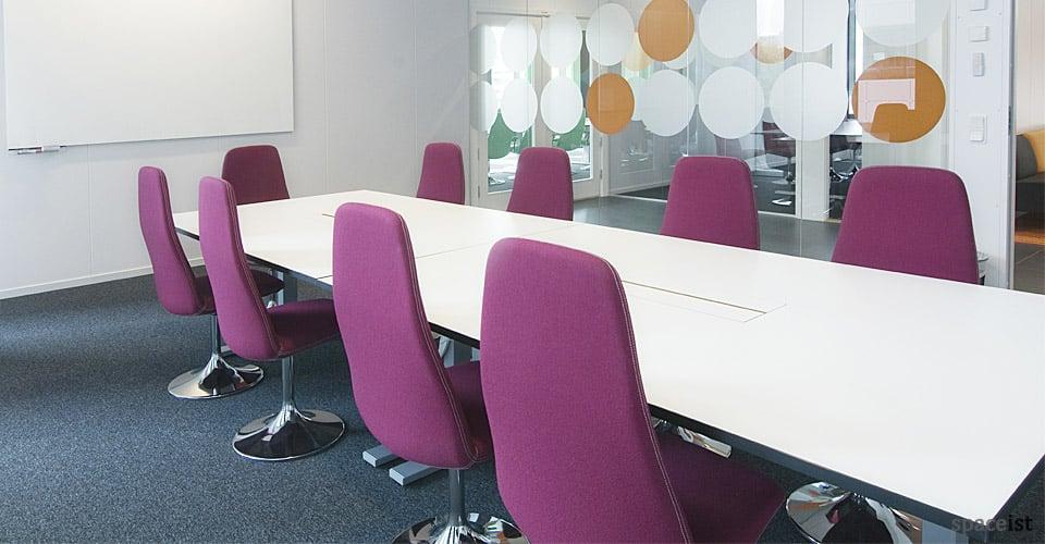 Meeting Chairs Viggen High Back Chair