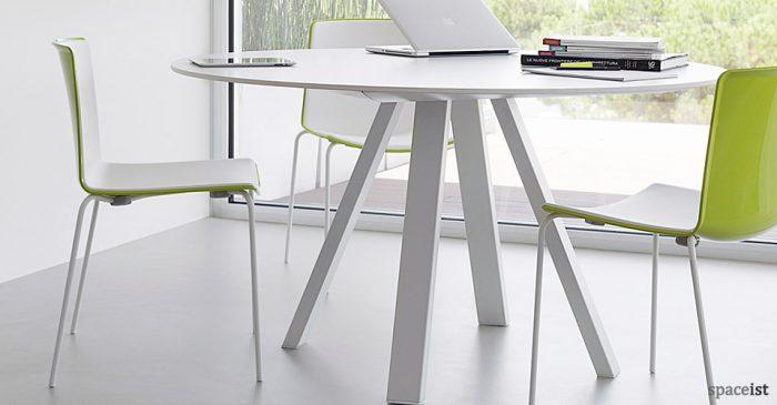 Weet black meeting room chair
